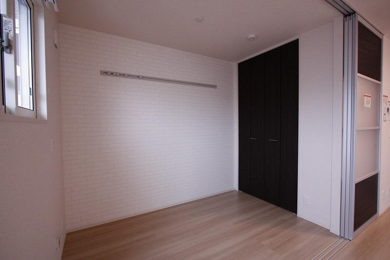 洋室3帖~ 便利な空間になりそうです