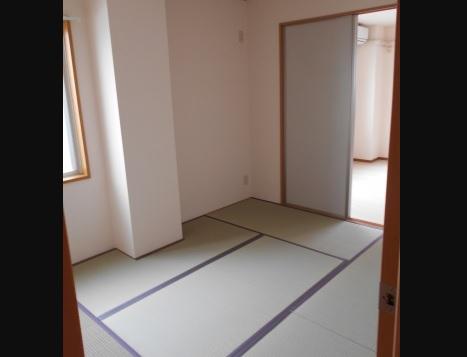 6帖の和室♪ 畳の良い香りがします♪