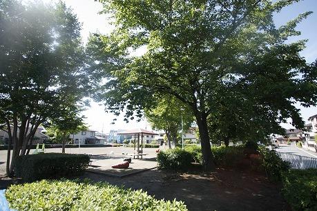 公園も近く♪お子さんとお散歩も楽しいです( ^)o(^ )