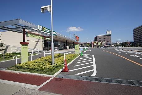 ショッピングモール「ウニクス高崎」が近くです♪