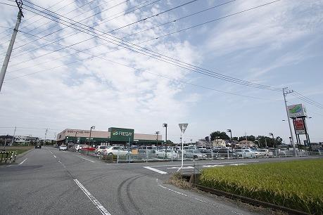 フレッセイ南大類店2.7km