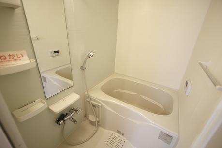 浴室乾燥機、追焚機能付きのバスルーム