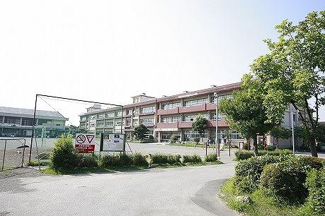 塚沢小学校