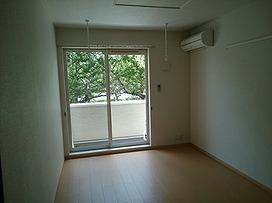 南側6帖洋室