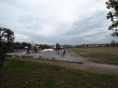 三ツ寺公園