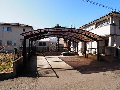 屋根付きカーポート