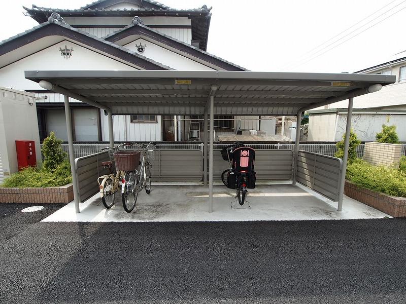近所には自転車で♪ルンルン