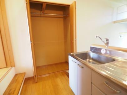 キッチン横にはクローゼット~