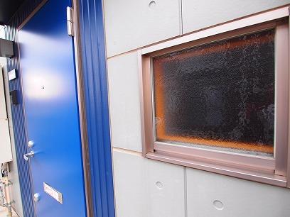 玄関はブルーのドア~
