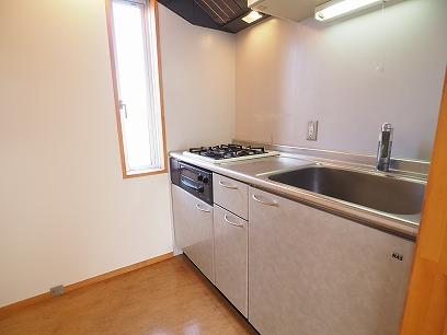 システムキッチン 2口窓付き!