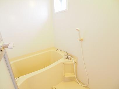 窓付きのお風呂!浴室乾燥機付