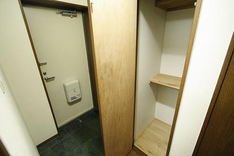 ゆとりのある玄関回り。 たくさんの靴が収納できます