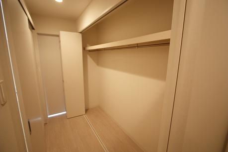 廊下部分は収納スペース~