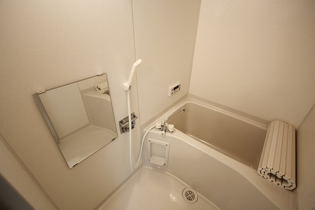 追炊き付きのバスルーム