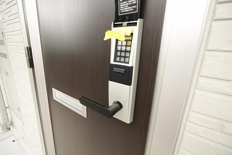 開錠は電子キーで♪