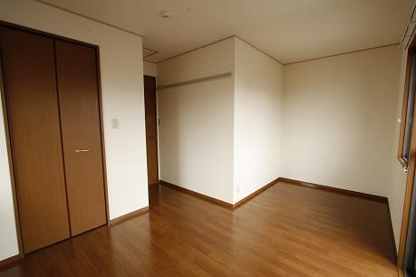 2階洋室南側 7J