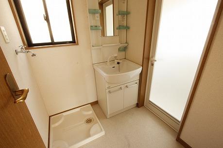 シャンプードレッサー&室内洗濯置場(防水パン付)