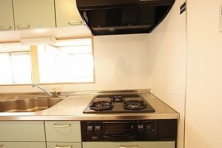システムキッチン~ お料理しながら赤ちゃん見たり、TVみたり。。。