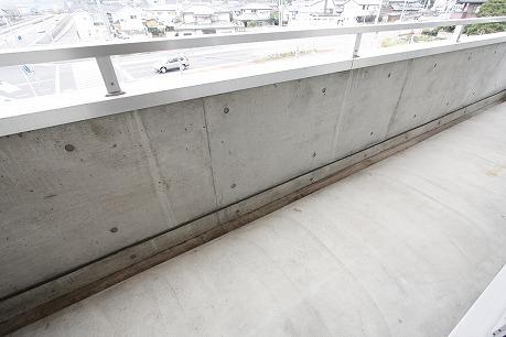 コンクリート 南向きのお部屋3Fより