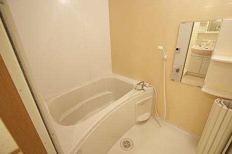 追い焚き機能付きバスルーム