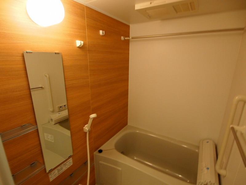 木目調なデザインも素敵ですね!バスルーム