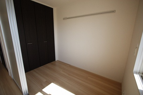4畳の洋室~