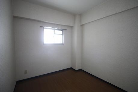 北側洋室~
