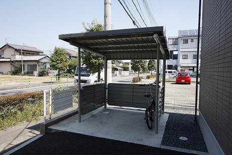 屋根付駐輪場~