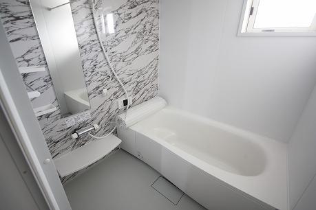 追炊き、浴室乾燥機能付き