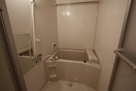 浴室は追い焚き&浴室乾燥機付き
